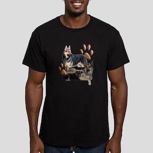 german shepherd family Men's Fitted T-Shirt (dark)