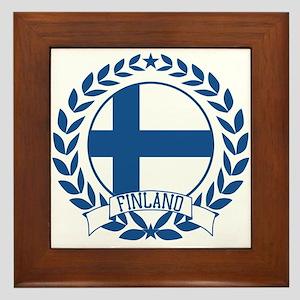 Finland Wreath Framed Tile