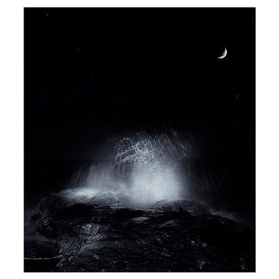 The crescent moon and waves splashing over rocks i Poster