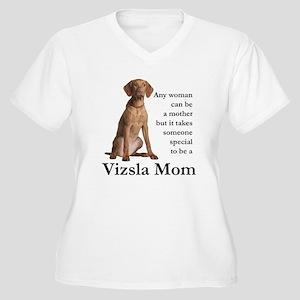 Vizsla Mom Plus Size T-Shirt