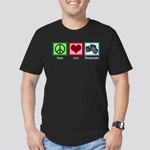 Peace Love Photography Men's Fitted T-Shirt (dark)