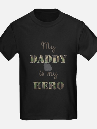 7x7daddyherotags T-Shirt