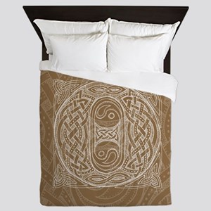 Celtic Letter O Queen Duvet Cover