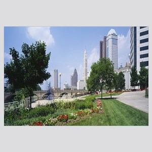Garden in front of skyscrapers in a city, Scioto R