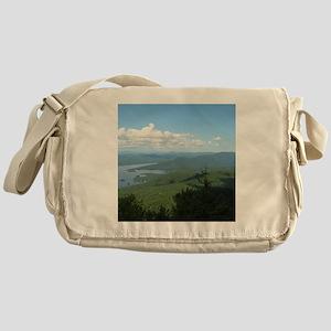 Tong. Mtn Range Messenger Bag