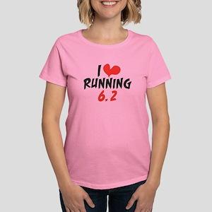 I heart (love) running 6.2 Women's Dark T-Shirt