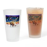 XmsSunrs/3 Horses (Ar) Drinking Glass
