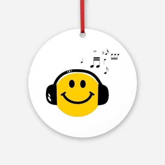 Music Loving Smiley Ornament (Round)