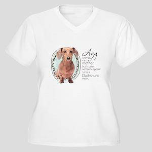Dachshund Mom Women's Plus Size V-Neck T-Shirt