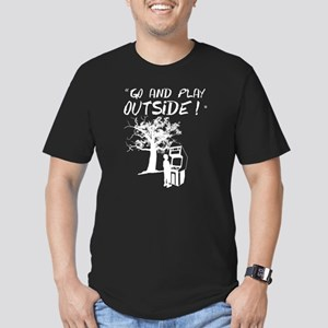 Go and Play Outside! Men's Fitted T-Shirt (dark)