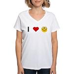 I love Nerds Women's V-Neck T-Shirt