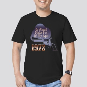 40th Gifts, 1972 Men's Fitted T-Shirt (dark)