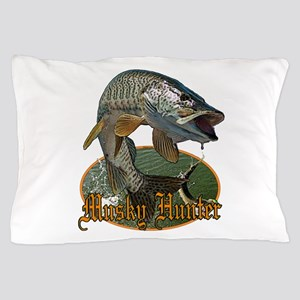 Musky Hunter 9 Pillow Case