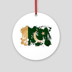 Pakistan Flag Ornament (Round)