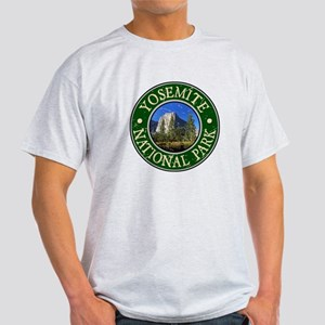 Yosemite Nat Park Design 1 Light T-Shirt