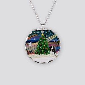 XmasMagic/Tri Cavalier Necklace Circle Charm