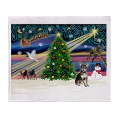 Xmas Magic & Chihuahua Throw Blanket