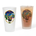 XmasMusic 3/2 Dachshunds Drinking Glass