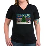 XmasMagic/Pom (prti) Women's V-Neck Dark T-Shirt