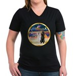 XmasMagic/2 Std Poodles Women's V-Neck Dark T-Shir