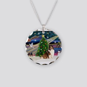 XmasMagic/Sheltie (7R) Necklace Circle Charm