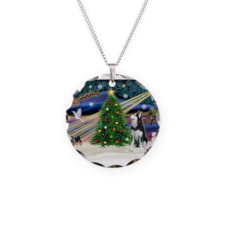 XmasMagic/Siberian Husky Necklace Circle Charm