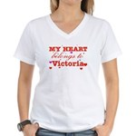 I love Victoria Women's V-Neck T-Shirt