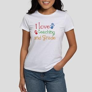 Love Teaching 2nd Grade Women's T-Shirt