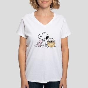 Beagle and Bunny Women's V-Neck T-Shirt