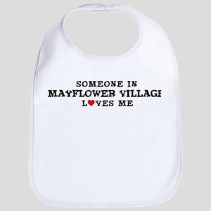 Mayflower Village: Loves Me Bib