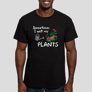 I Wet My Plants Men's Fitted T-Shirt (dark)
