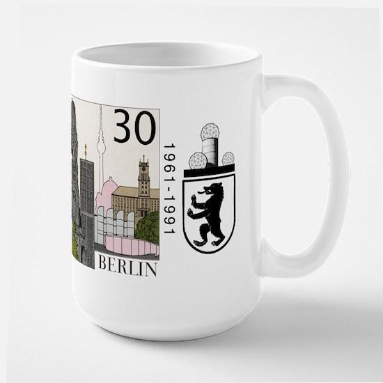 Field Station Berlin - Berlin Monuments Skyline