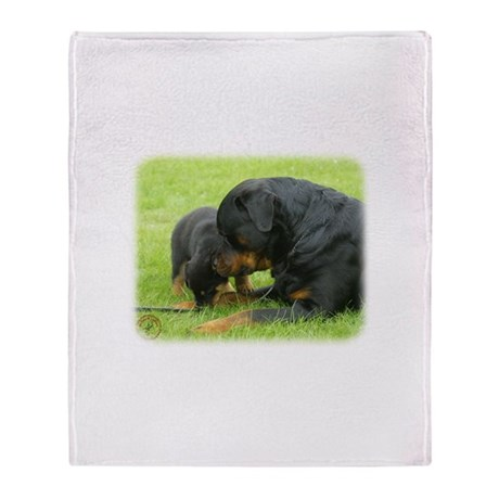Rottweiler 9W025D-079 Throw Blanket