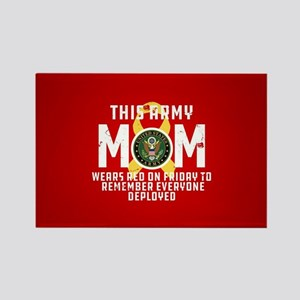 Army Mom Wears RED Rectangle Magnet