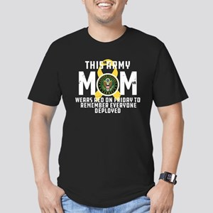 Army Mom Wears RED Men's Fitted T-Shirt (dark)