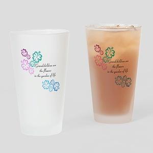 Grandchildren are flowers Drinking Glass
