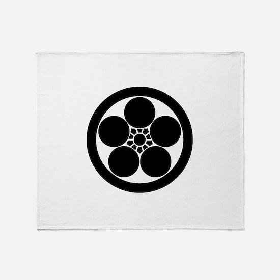 maru ni umebachi Throw Blanket