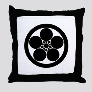 maru ni umebachi Throw Pillow
