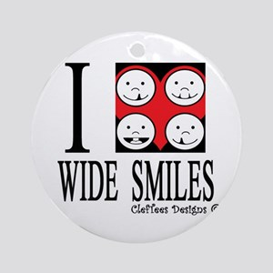 I heart wide smiles Ornament (Round)