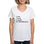 love and skateboard Women's V-Neck T-Shirt