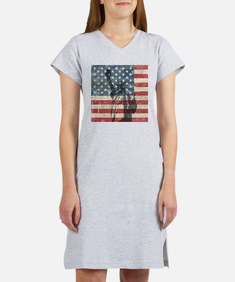 Vintage Statue Of Liberty Women's Nightshirt