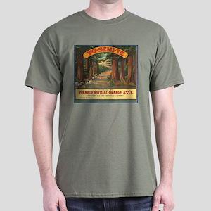 Yosemite Fruit Crate Label Dark T-Shirt