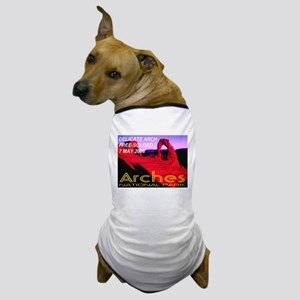 Delicate Arch Free-Soloed 7 M Dog T-Shirt