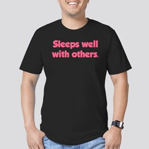 Sleeps well with others Men's Fitted T-Shirt (dark