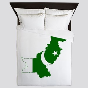Pakistan Flag and Map Queen Duvet
