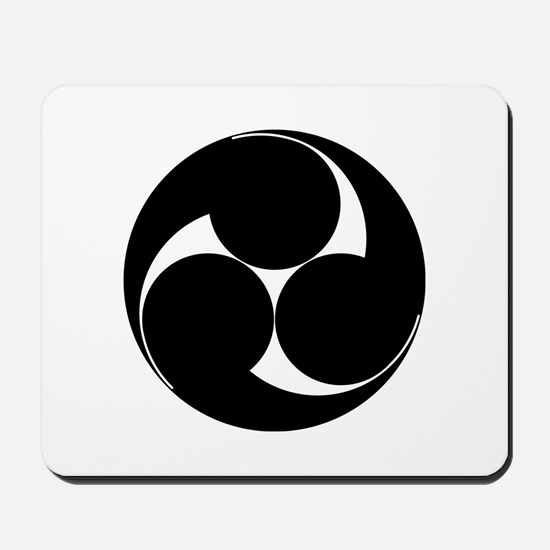 Hidari mitsu tomoe Mousepad