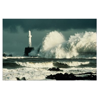 Storm waves Poster