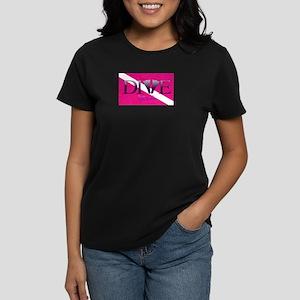 Dive Diva Fins Women's Dark T-Shirt