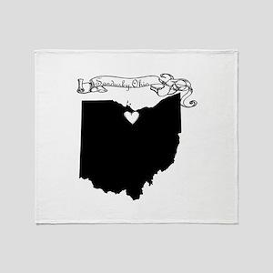 Sandusky Ohio Throw Blanket