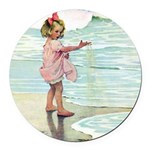 Child at the beach Round Car Magnet